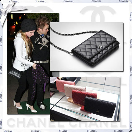 Coral chain wallet CHANEL
