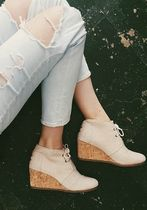 人気急上昇!TOMS Women's Desert Wedges 3カラー★