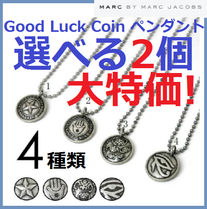 Marc by Marc Jacobs(マークバイマークジェイコブス) ネックレス・チョーカー 【特価セール】2個★Good Luck Coinペンダント★4種類から