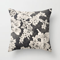 Society6★クッション★black and white lace