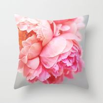 Society6★クッション★Peonies Forever by Creature Comforts