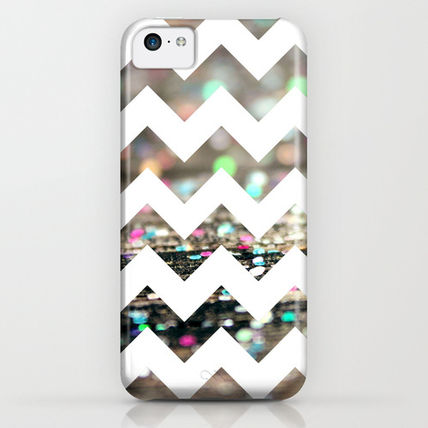 Society6 iPhone・スマホケース Society6 Afterparty Chevron by Beth - Paper Angels Photograp(3)