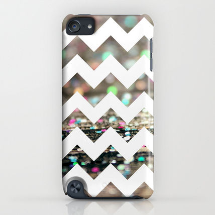Society6 iPhone・スマホケース Society6 Afterparty Chevron by Beth - Paper Angels Photograp(4)