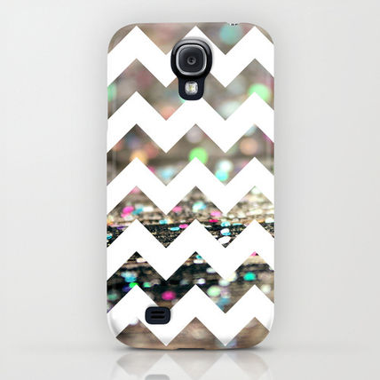 Society6 iPhone・スマホケース Society6 Afterparty Chevron by Beth - Paper Angels Photograp(5)
