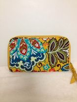 【在庫有】Vera Bradley Zip-Around Wallet in Provencal