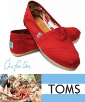 TOMS(トムス) スリッポン ◇◆LAより即日発送!◇◆TOMS - RED CANVAS♪♪