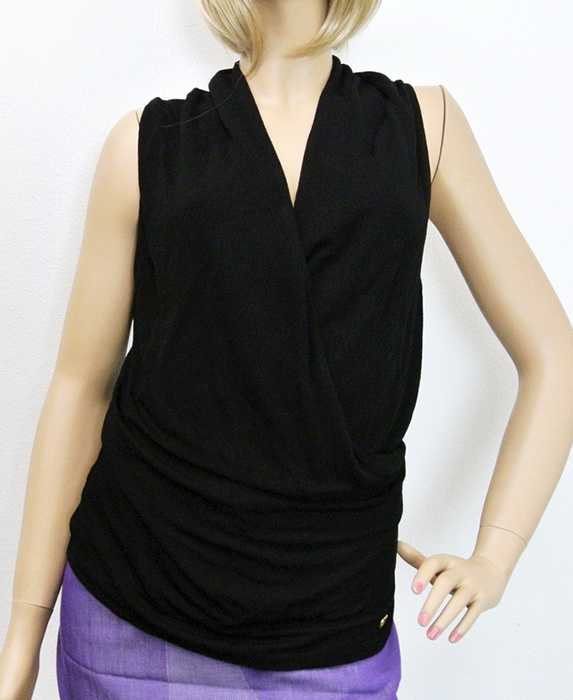 GUCCI★グッチ★素敵!V-Neck Top w/Interlocking G Detail