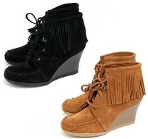 ☆★Minnetonka Lace Up Fringe Ankle Wedge 2カラー★☆