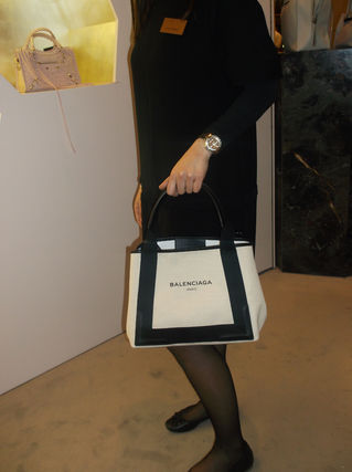 sold out Balenciaga tote S size limited Pouch with early