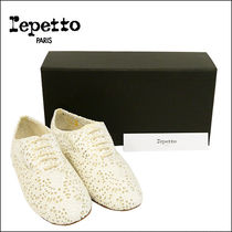 Repetto ZIZI Oxford shoes V377ANGCR 397:Milk