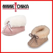 【MINNETONKA】 Genuine Sheepskin ブーティー