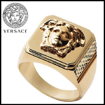 EXPRESS配送!入手困難!Versace - Gold Medusa Ring