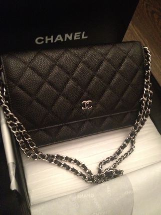 CHANEL my life in bracket matelasse caviar BLACK