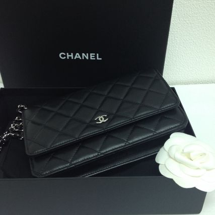 popular CHANEL RAM wallet chain