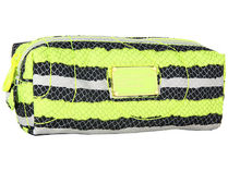 Marc by Marc Jacobs(マークバイマークジェイコブス) メイク小物その他 国内発送(送料込)Pretty Nylon Narrow Cosmetic Case