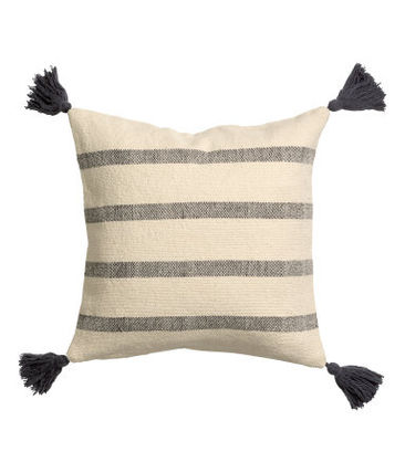 H & M HOME Tassel with Cushion cover 40 x 40