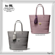 COACH★LEGACY TURNLOCK TOTE IN PEBBLED LEATHER