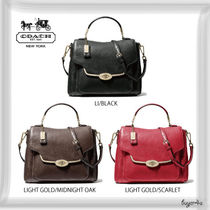 COACH新作★MADISON SMALL SADIE FLAP SATCHEL IN LEATHER