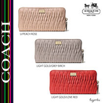 COACH★MADISON ACCORDION ZIP WALLET IN GATHERED TWIST