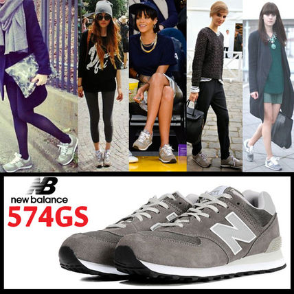 / 3-5, wearing New Balance classics model /W574GS grey