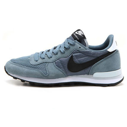 (ナイキ) NIKE INTERNATIONALIST 631754-403