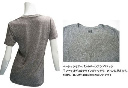 Urban Outfitters Tシャツ・カットソー 【関税・送料込】Urban Outfitters V ネックTシャツ(Grey)(2)