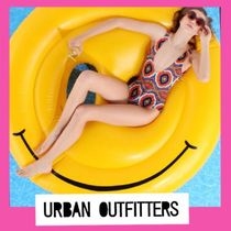 Urban Outfitters☆海にプールにsmileニコちゃんフロート浮輪