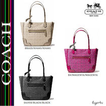★Coach★POPPY SMALL TOTE IN SIGNATURE C