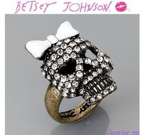 ★赤字セール即発★BETSEY JOHNSON - Skull with Bow Ring★
