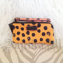 ★在庫あり★MARC BY MARC JACOBS DOT PHONE CASE