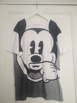 ELEVEN PARIS(イレブンパリ ) Tシャツ・カットソー ユニセックス【大人気】ELEVEN PARIS〓Micky Mouse Tee