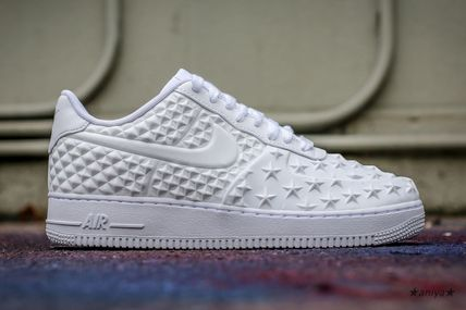 size 40 ed871 fb628 ... Nike スニーカー 関税込 Nike Air Force 1 LV8 VT Independence Day White スター(6 ...