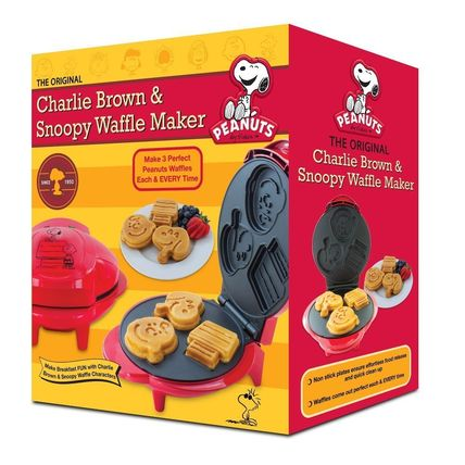 Dishes I love Snoopy and Charlie's cute Waffle Maker