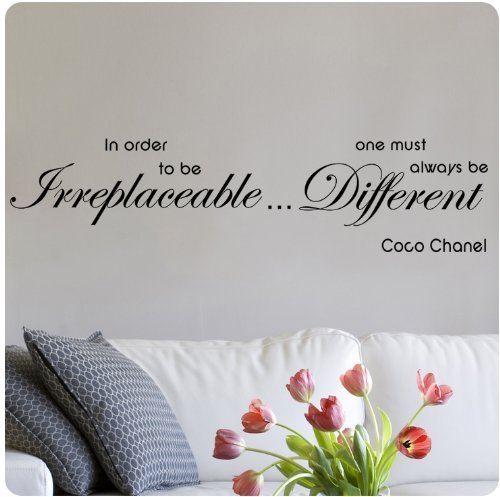 """Coco Chanel One Must Always Be Different""ウォールステッカー"