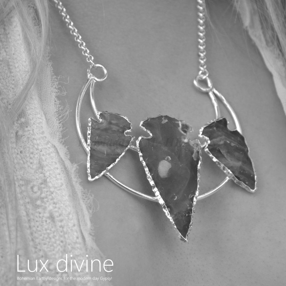 ★Spellbound Arrowhead Crescent ネックレス★Luxdivine★