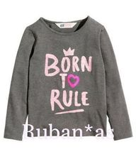 H&M Kids プリント入り長袖トップス(BORN TO RULE*)