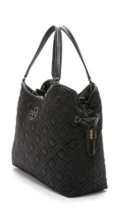Tory Burch マザーズバッグ 最新作 限定セールトリーバーチ 2色 marion QUILTED  BABY BAG(6)
