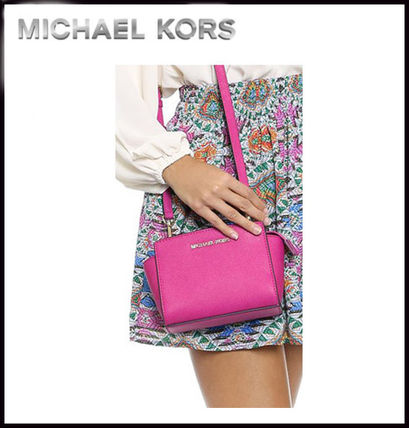 Michael Kors ショルダーバッグ・ポシェット MICHAEL KORS★SELMA SAFFIANO LEATHER MINI MESSENGER 国内発送(11)