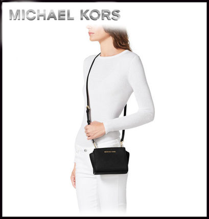 Michael Kors ショルダーバッグ・ポシェット MICHAEL KORS★SELMA SAFFIANO LEATHER MINI MESSENGER 国内発送(9)