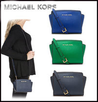 MICHAEL KORS★SELMA SAFFIANO LEATHER MINI MESSENGER 国内発送