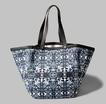 【即発送★在庫あり ! 】★A&F Pattern Oversized Canvas Tote★