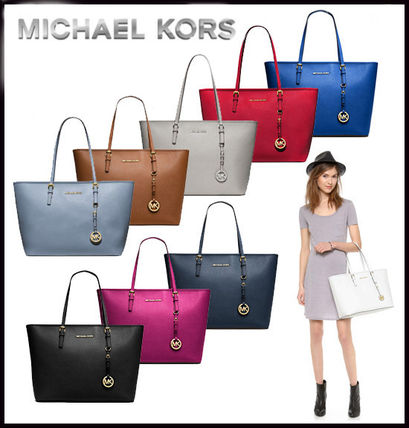 Michael Kors トートバッグ MICHAEL KORS★JET SET MEDIUM TRAVEL TOP ZIP TOTE 国内発送!