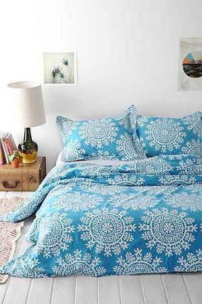 ○urbanoutfitters○  Bow Maya Medallion Duvet Cover QUEEN