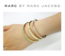 【marc by marc jacobs】 マークバイ スキニー ロゴバングル 3色