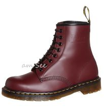 【Dr.Martens】 1460 8ホールUNISEXブーツ Cherry Red smooth