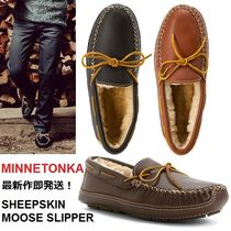 即発最新作!3色有 Minnetonka SHEEPSKIN MOOSE SLIPPER