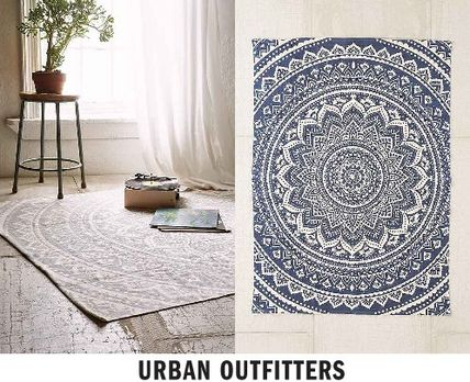 NEW UO * Sahara Medallion rug 91. x 152.