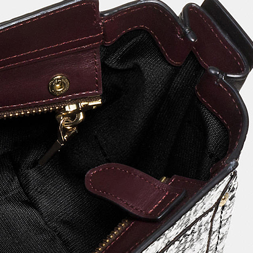 COACH★SWAGGER 27 IN COLORBLOCK EXOTIC EMBOSSED LEATHER♪
