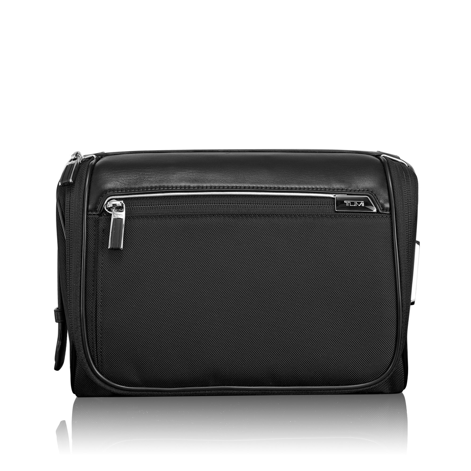TUMI ARRIVE  RICHMOND TRAVEL KIT #255032