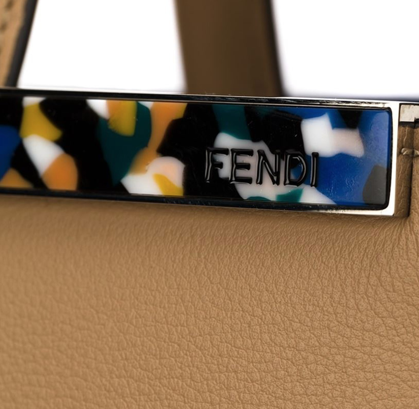 FE754 FENDI GRANITE BAR MEDIUM 2JOURS